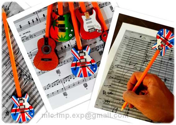 adornos-para-lapices-con-forma-de-guitarra